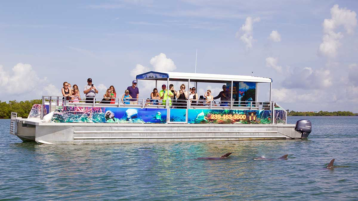 Private charter fish tale marina for Fish tale boats